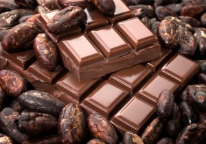 Chocolate-Segments-with-Cocoa-Beans