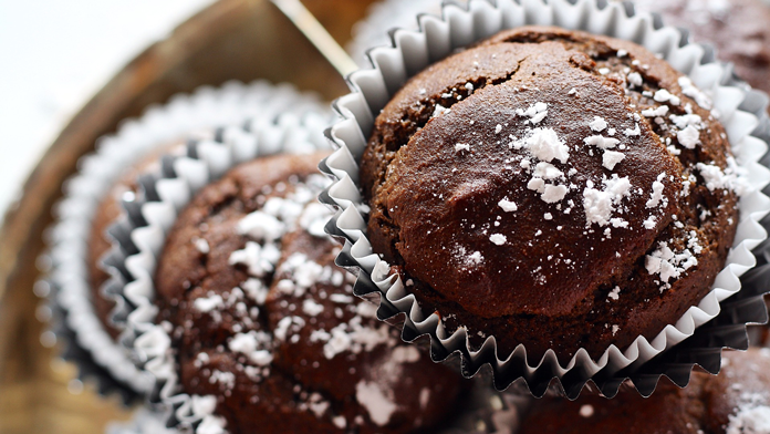 Chocolate-muffins-with-raisins