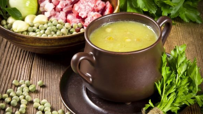 Грахова супа с шунка